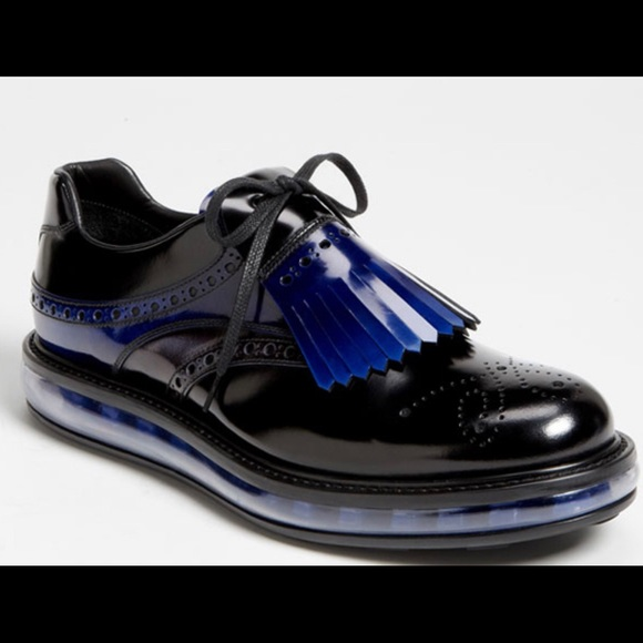 Raramente Vigilancia libertad  Prada Shoes | Prada Nike Collab Classy W Nikeairshock Likenew | Poshmark